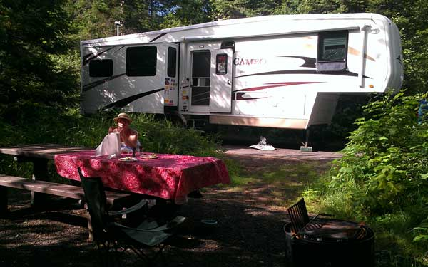A hot time at Wilderness Gateway campground, Idaho