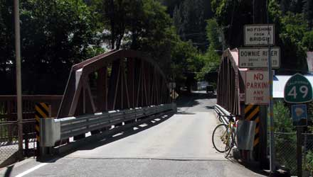 The single lane bridge in downtown Downieville