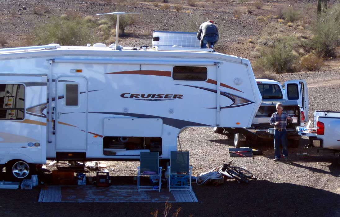 Small Rv Trailers Terry And Solar Bob Are Installing On Terryu0027s Rig