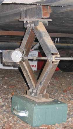Recreational Vehicle Landing Gear Support Blocks